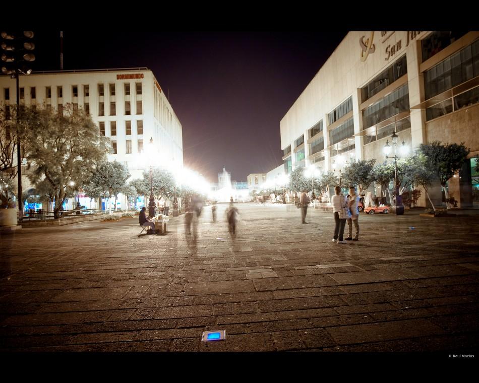 Luces de la Plaza Tapatia